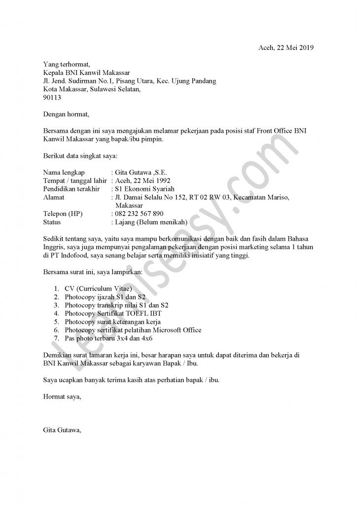 contoh surat lamaran kerja di Bank Front Office